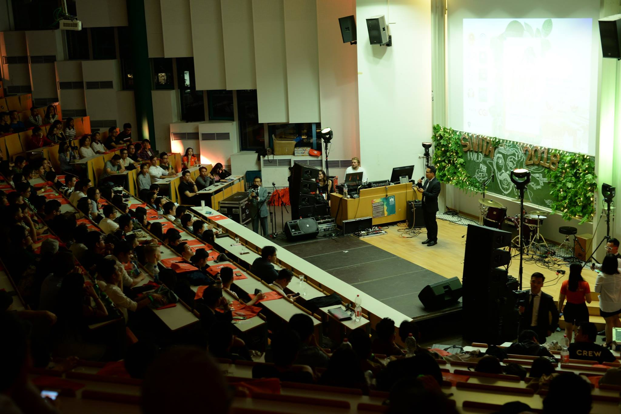 Chủ Tịch Sividuc Nguyễn Việt Anh phát biểu trước hội trường.